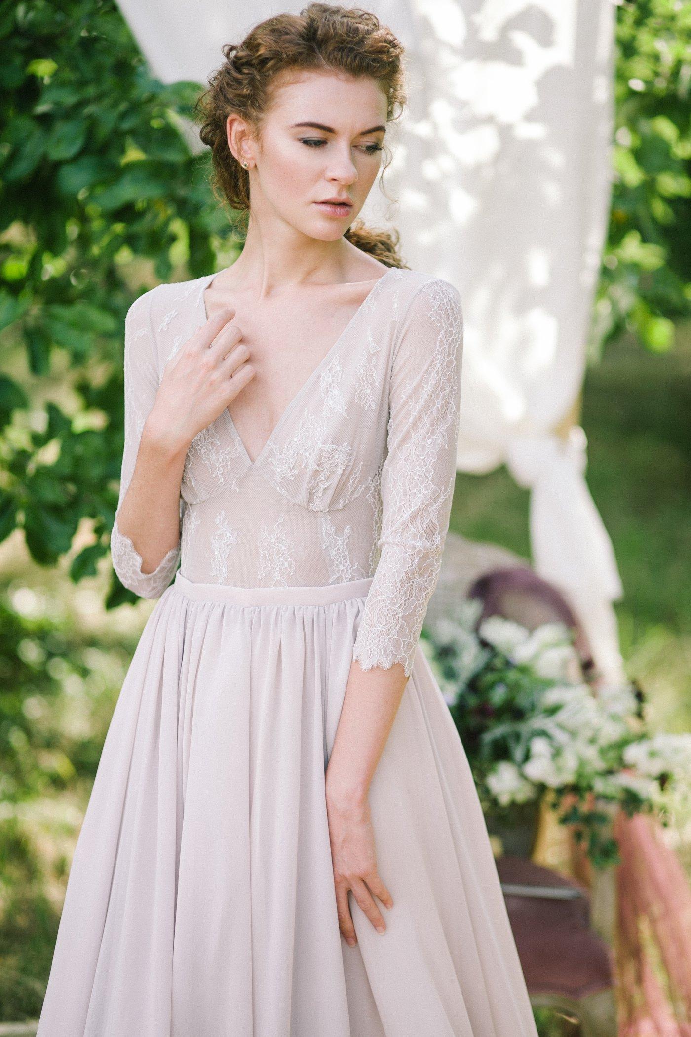 Non corset a silhouette lavender wedding dress with a lace bodice lavender wedding dress with a lace bodice junglespirit Gallery