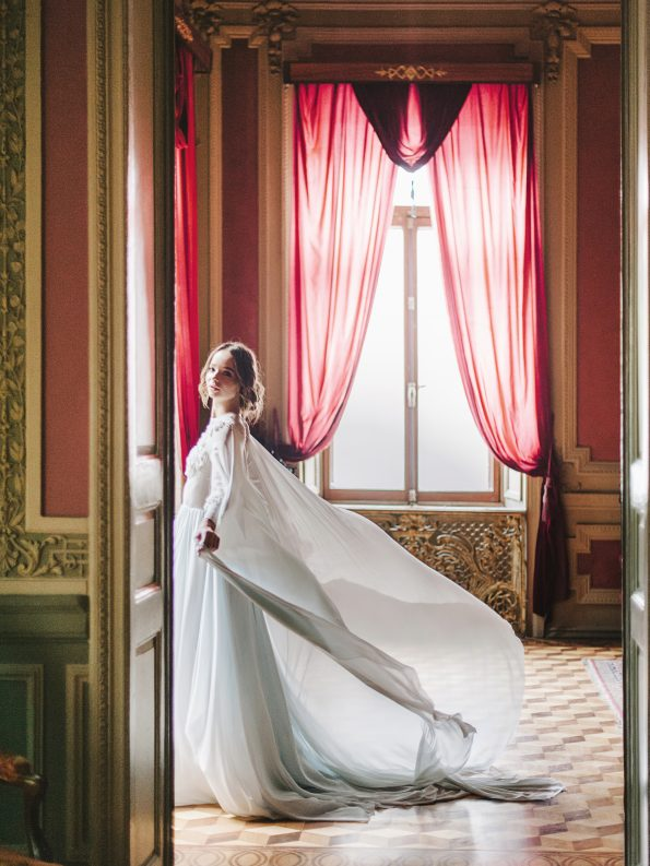 Blue cape wedding gown by Tatyana Chaiko and Cathy Telle