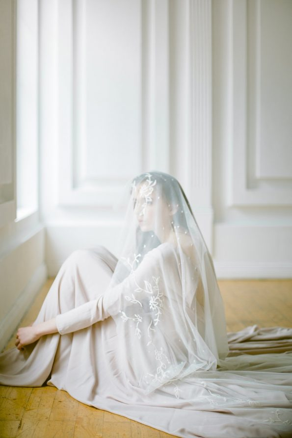 Beige fingertip wedding veil