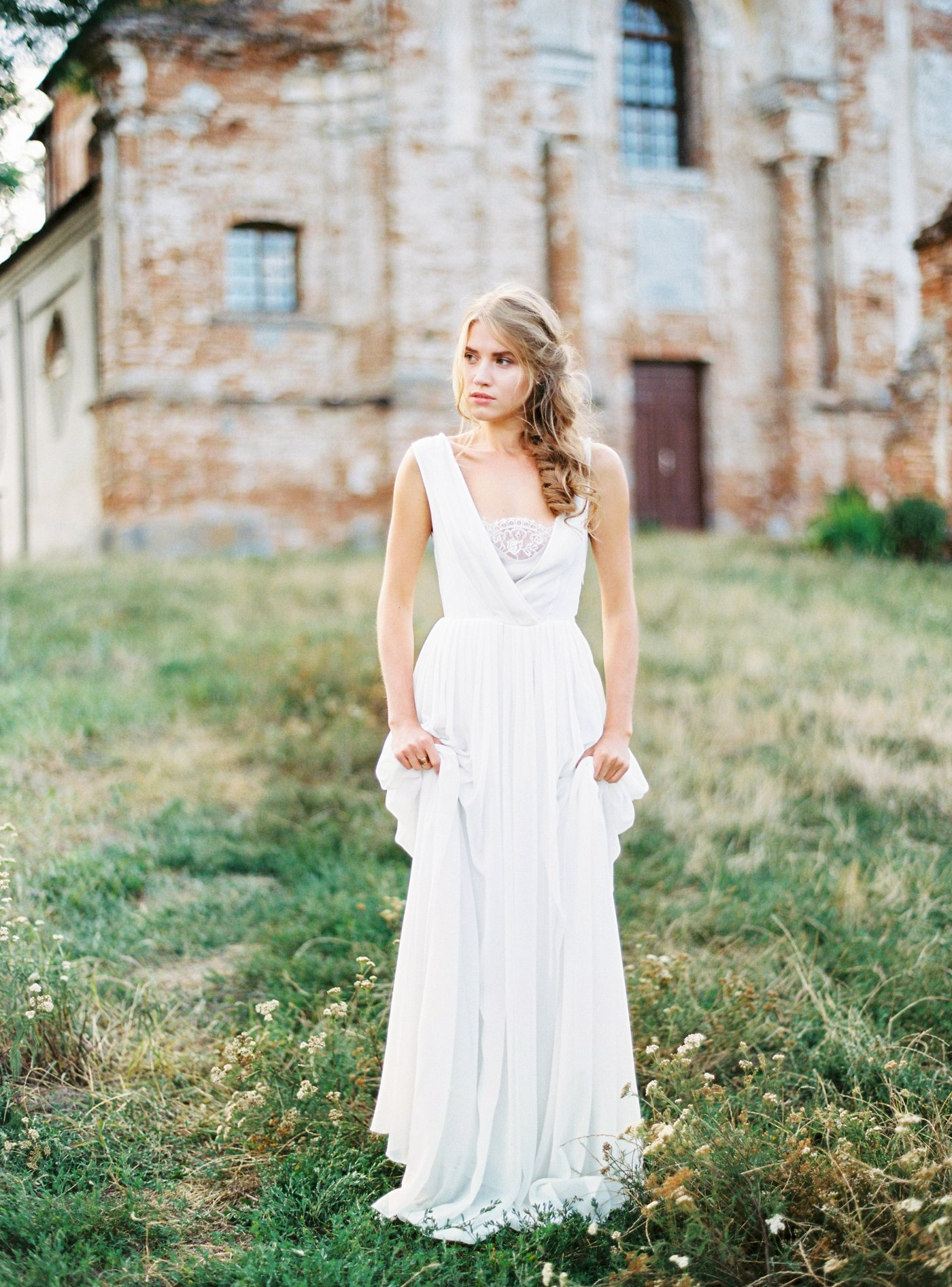f90ae036e53cc Off-white sleeveless v-neck wedding dress with cotton slip | Cathy Telle