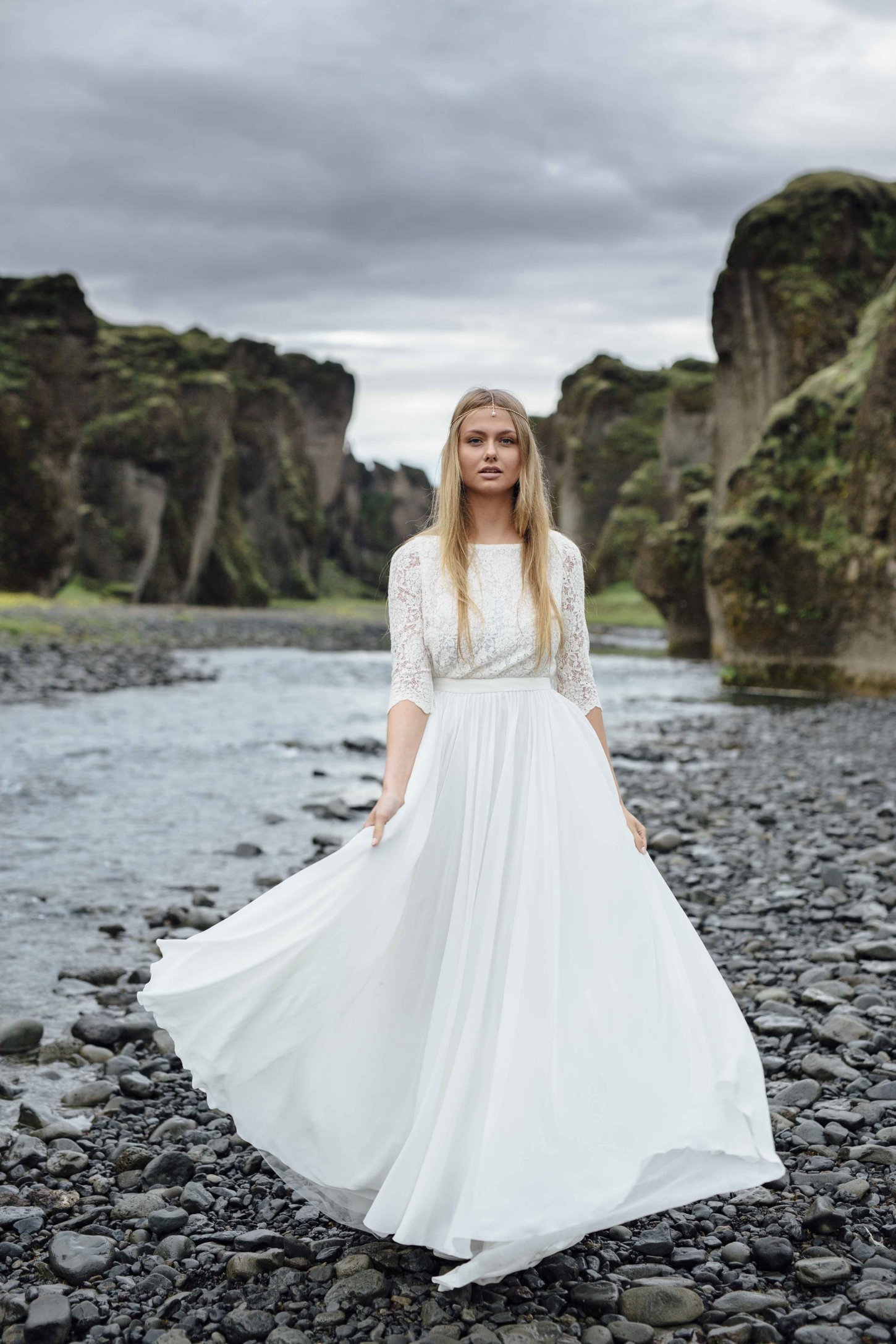 Off-white high-neck wedding dress with lace sleeve | Cathy Telle